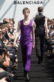 Balenciaga Spring 2017 Menswear Look 30