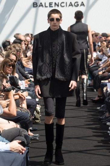 Balenciaga Spring 2017 Menswear Look 33