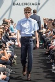 Balenciaga Spring 2017 Menswear Look 4