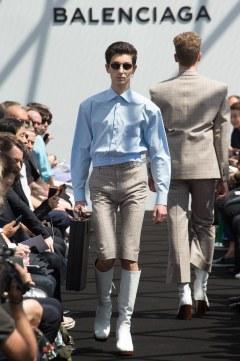 Balenciaga Spring 2017 Menswear Look 6