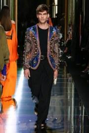 Balmain Spring 2017 Menswear Look 21