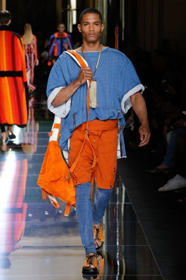 Balmain Spring 2017 Menswear Look 39