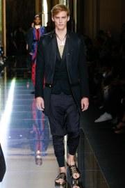 Balmain Spring 2017 Menswear Look 61