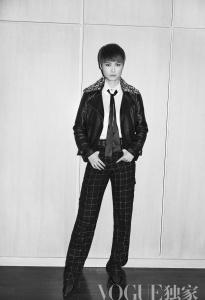 李宇春 in Chanel -2016.5.31