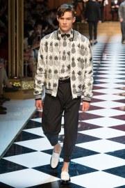 Dolce & Gabbana Spring 2017 Menswear Look 14