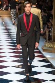 Dolce & Gabbana Spring 2017 Menswear Look 15