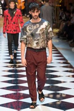 Dolce & Gabbana Spring 2017 Menswear Look 18