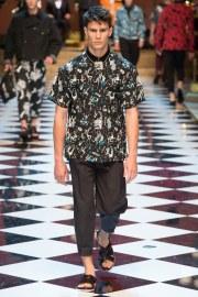 Dolce & Gabbana Spring 2017 Menswear Look 22