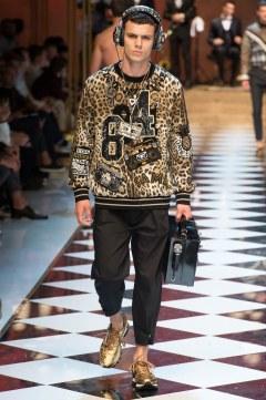 Dolce & Gabbana Spring 2017 Menswear Look 32