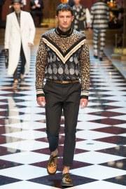Dolce & Gabbana Spring 2017 Menswear Look 34