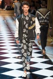 Dolce & Gabbana Spring 2017 Menswear Look 36