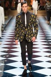 Dolce & Gabbana Spring 2017 Menswear Look 37