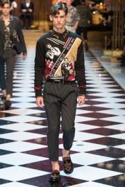 Dolce & Gabbana Spring 2017 Menswear Look 40
