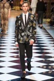 Dolce & Gabbana Spring 2017 Menswear Look 43