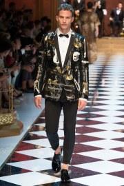 Dolce & Gabbana Spring 2017 Menswear Look 47