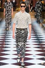 Dolce & Gabbana Spring 2017 Menswear Look 55