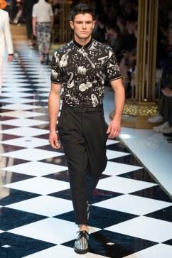 Dolce & Gabbana Spring 2017 Menswear Look 57