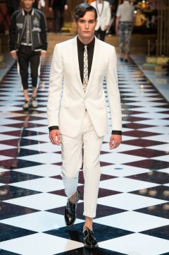 Dolce & Gabbana Spring 2017 Menswear Look 58