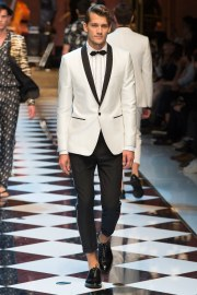 Dolce & Gabbana Spring 2017 Menswear Look 60