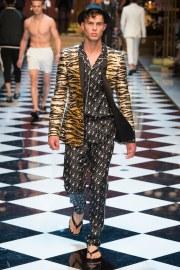 Dolce & Gabbana Spring 2017 Menswear Look 61