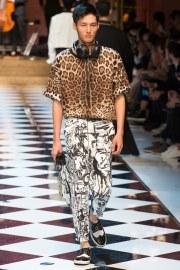 Dolce & Gabbana Spring 2017 Menswear Look 75