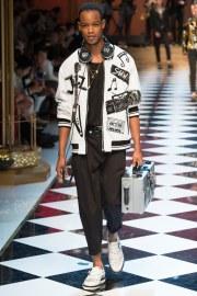 Dolce & Gabbana Spring 2017 Menswear Look 86
