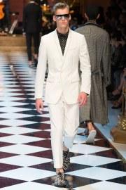 Dolce & Gabbana Spring 2017 Menswear Look 9