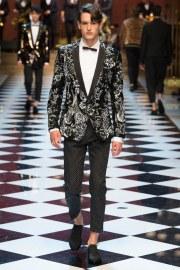 Dolce & Gabbana Spring 2017 Menswear Look 94