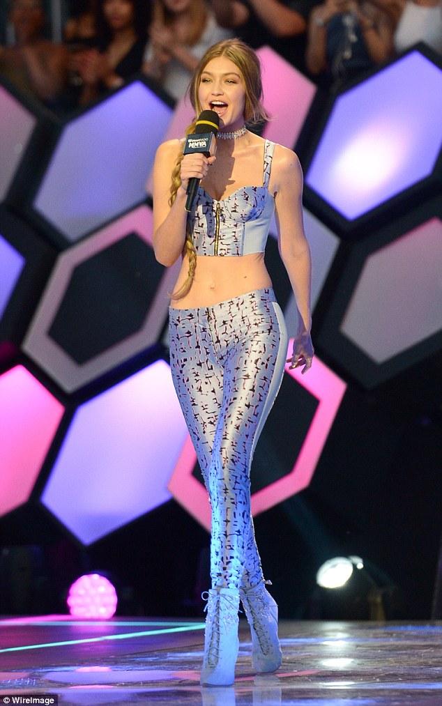 Gigi Hadid in Uel Camilo Spring 2016