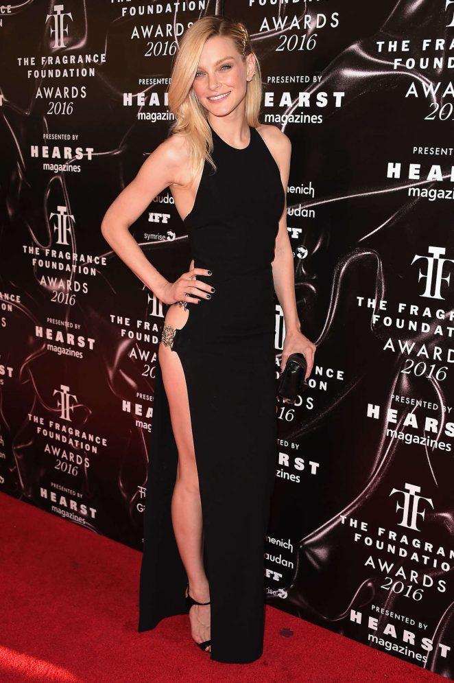 Jessica Stam in Versus Versace Spring 2016
