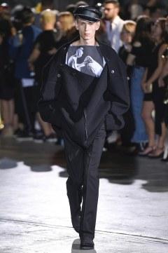 Raf Simons Spring 2017 Menswear Look 19