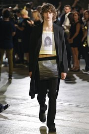 Raf Simons Spring 2017 Menswear Look 35