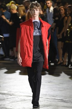 Raf Simons Spring 2017 Menswear Look 44