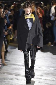 Raf Simons Spring 2017 Menswear Look 57
