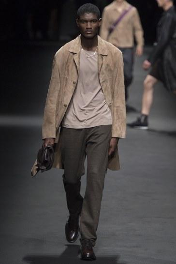Versace Spring 2017 Menswear Look 12