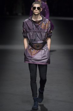 Versace Spring 2017 Menswear Look 19