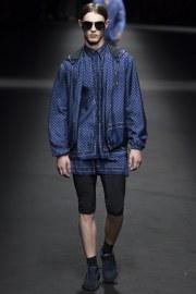 Versace Spring 2017 Menswear Look 23