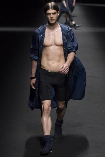 Versace Spring 2017 Menswear Look 25