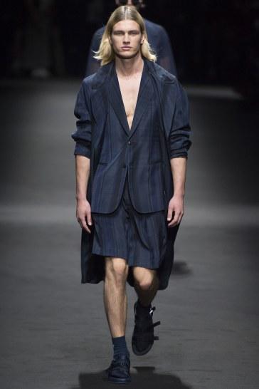 Versace Spring 2017 Menswear Look 26