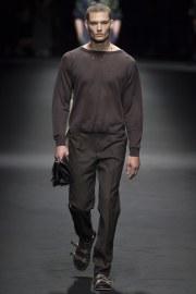 Versace Spring 2017 Menswear Look 3