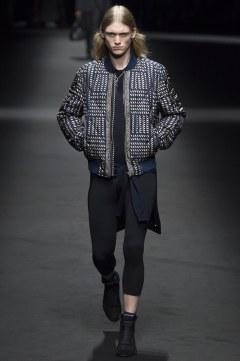 Versace Spring 2017 Menswear Look 32