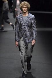 Versace Spring 2017 Menswear Look 34