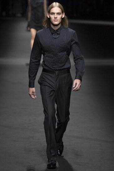Versace Spring 2017 Menswear Look 39