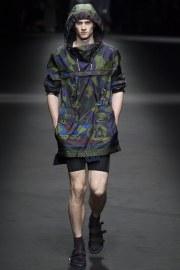 Versace Spring 2017 Menswear Look 4