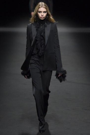 Versace Spring 2017 Menswear Look 44