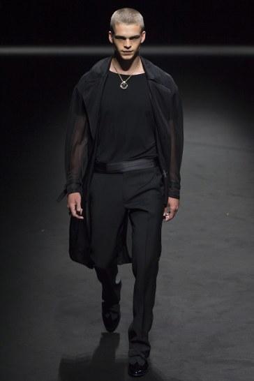 Versace Spring 2017 Menswear Look 45