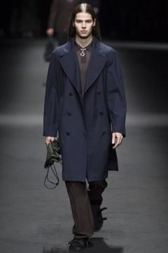 Versace Spring 2017 Menswear Look 6