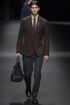 Versace Spring 2017 Menswear Look 7