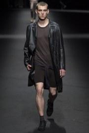 Versace Spring 2017 Menswear Look 9