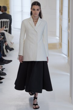 Christian Dior Fall 2016 Couture Look 7